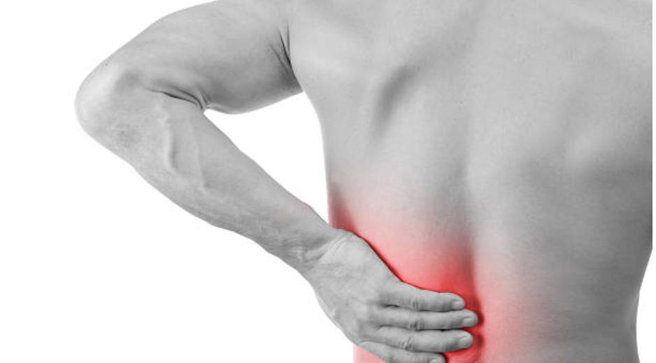 Contrattura muscolare alla bassa schiena: ecco cosa si può fare